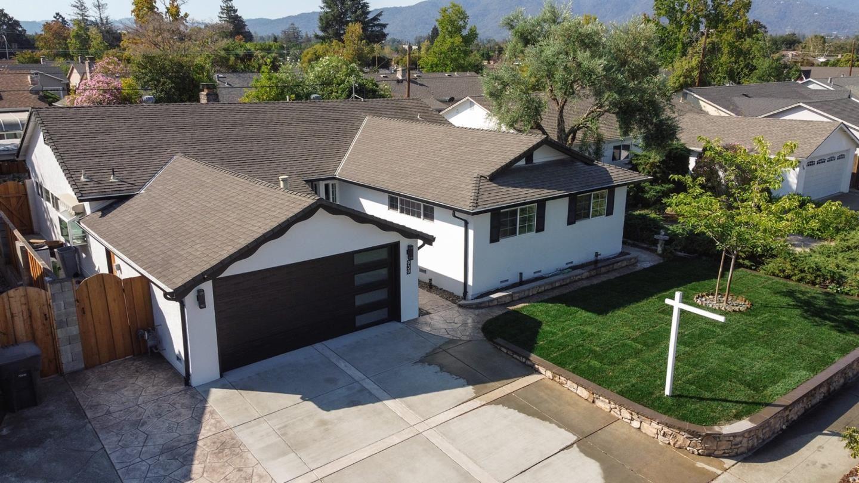Photo for 930 Scott Court, CAMPBELL, CA 95008 (MLS # ML81865615)