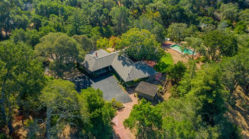 Photo of 627 Westridge DR, PORTOLA VALLEY, CA 94028 (MLS # ML81770617)