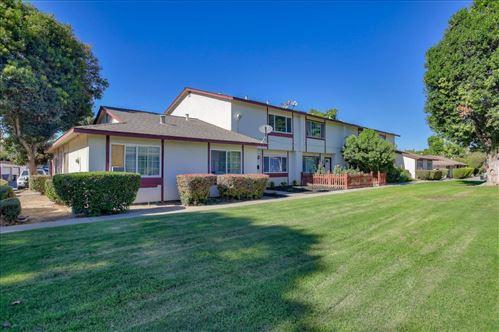 Photo of 482 Tanfield LN, SAN JOSE, CA 95111 (MLS # ML81812618)