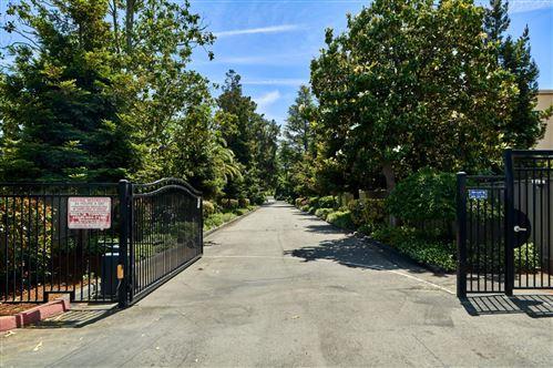 Photo of 38 Los Altos Square, LOS ALTOS, CA 94022 (MLS # ML81846618)
