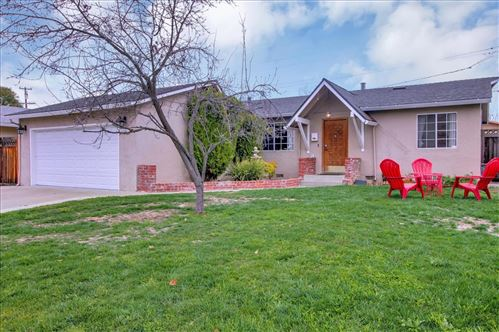 Photo of 5046 Noella WAY, SAN JOSE, CA 95124 (MLS # ML81832621)