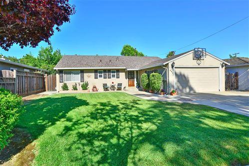 Photo of 695 Pineview Drive, SAN JOSE, CA 95117 (MLS # ML81843624)