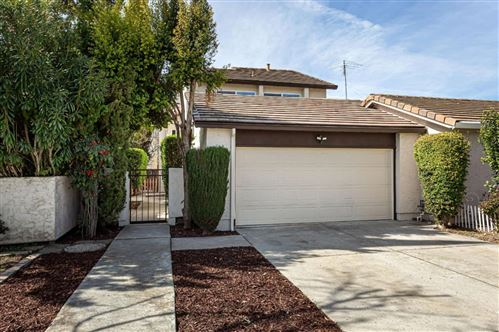Photo of 935 Matterhorn CT, MILPITAS, CA 95035 (MLS # ML81787628)