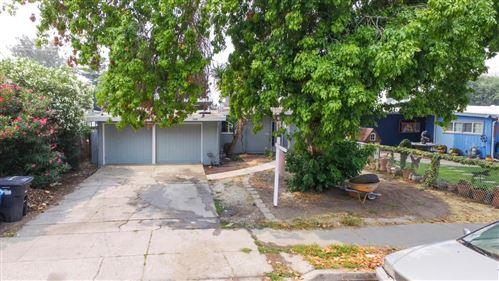 Photo of 2569 Annapolis Street, EAST PALO ALTO, CA 94303 (MLS # ML81807628)