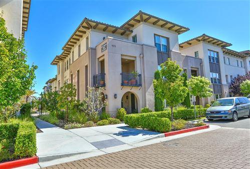 Photo of 1073 Foxglove Place #103, SAN JOSE, CA 95131 (MLS # ML81850628)