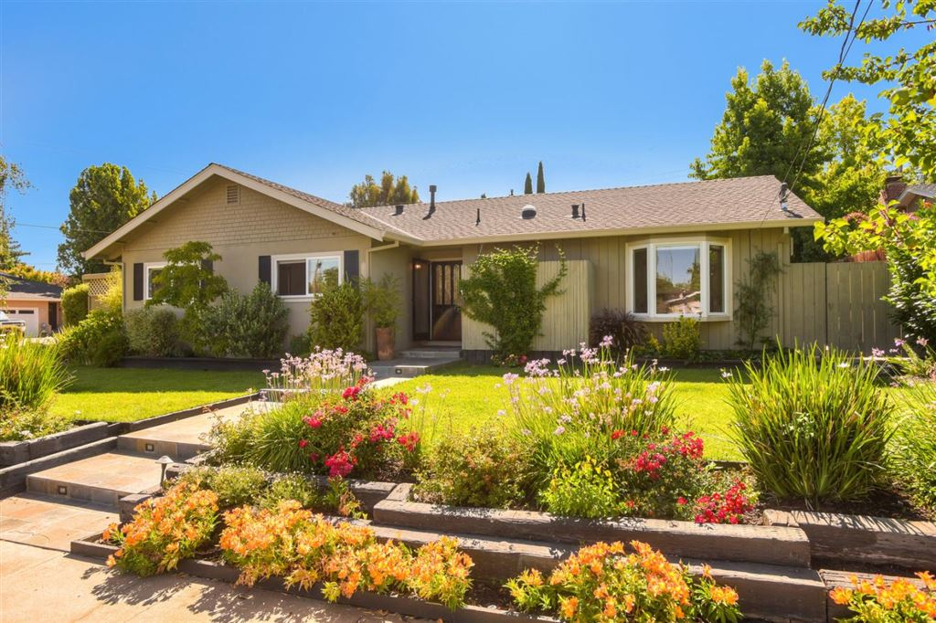 Photo for 2005 Nassau DR, REDWOOD CITY, CA 94061 (MLS # ML81763629)