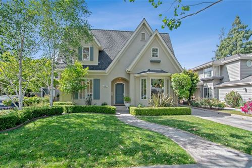 Photo of 907 Willow Glen WAY, SAN JOSE, CA 95125 (MLS # ML81794631)
