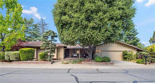 Photo of 188 South Gordon Way, LOS ALTOS, CA 94022 (MLS # ML81847631)
