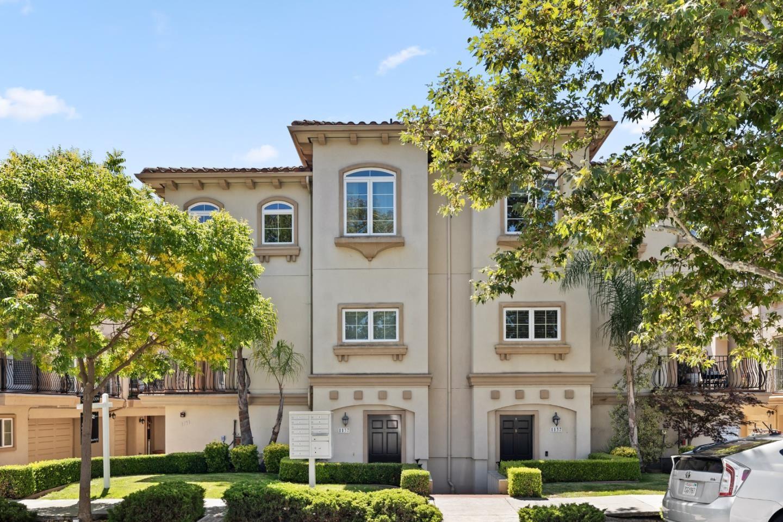 Photo for 1137 Paloma Avenue #H, BURLINGAME, CA 94010 (MLS # ML81860631)