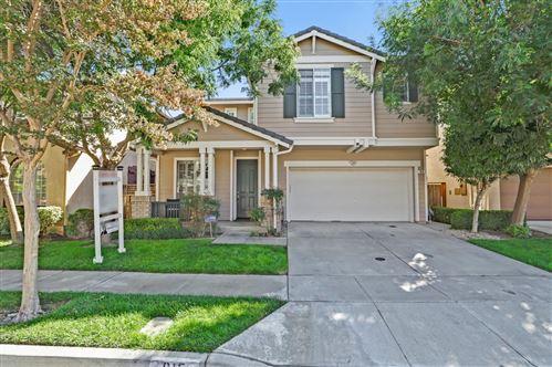 Photo of 915 Mcbride Loop, SAN JOSE, CA 95125 (MLS # ML81864633)