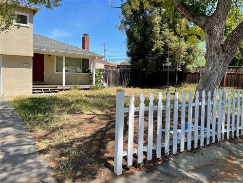 Photo of 703 Flynn Avenue, REDWOOD CITY, CA 94063 (MLS # ML81845634)