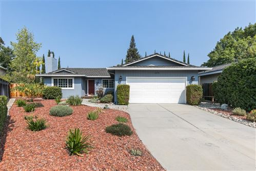 Photo of 1079 Gruwell PL, SAN JOSE, CA 95129 (MLS # ML81811636)