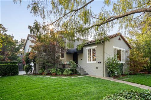 Photo of 302 Edgewood RD, REDWOOD CITY, CA 94062 (MLS # ML81832641)