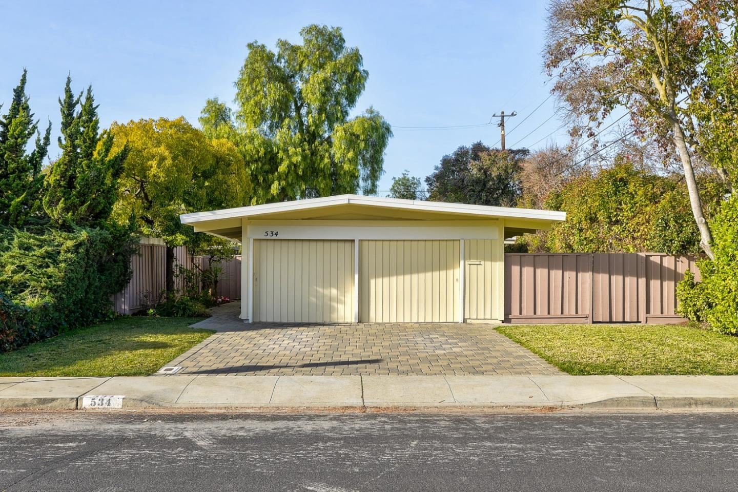 Photo for 534 Victory AVE, MOUNTAIN VIEW, CA 94043 (MLS # ML81825642)