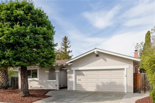Photo of 350 Trysail CT, FOSTER CITY, CA 94404 (MLS # ML81785643)