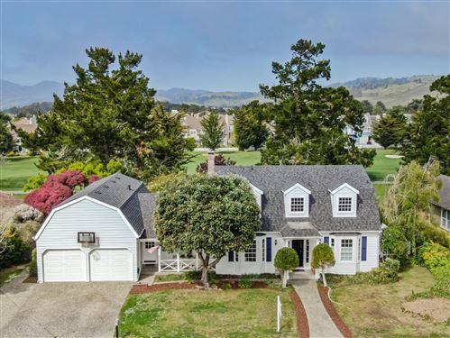 Photo of 417 Greenbrier RD, HALF MOON BAY, CA 94019 (MLS # ML81839643)
