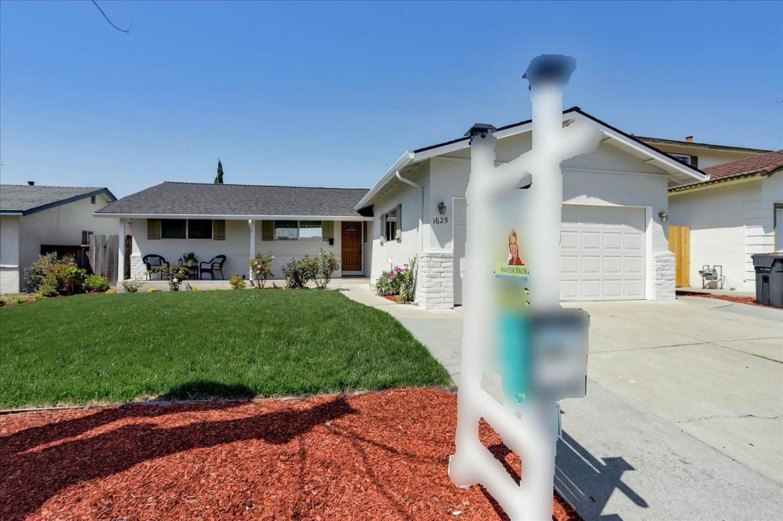 Photo for 1625 Grand Teton Drive, MILPITAS, CA 95035 (MLS # ML81839647)