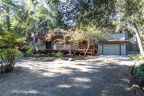 Photo of 700 Lockewood LN, SCOTTS VALLEY, CA 95066 (MLS # ML81814649)