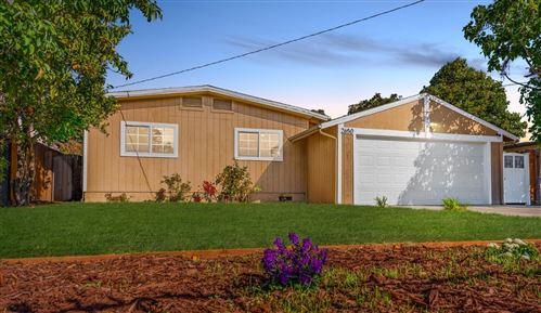 Photo of 2650 Fordham Street, EAST PALO ALTO, CA 94303 (MLS # ML81863649)