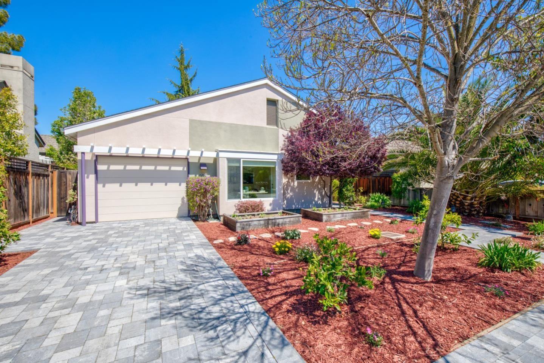 Photo for 229 Del Monte Avenue, LOS ALTOS, CA 94022 (MLS # ML81839650)