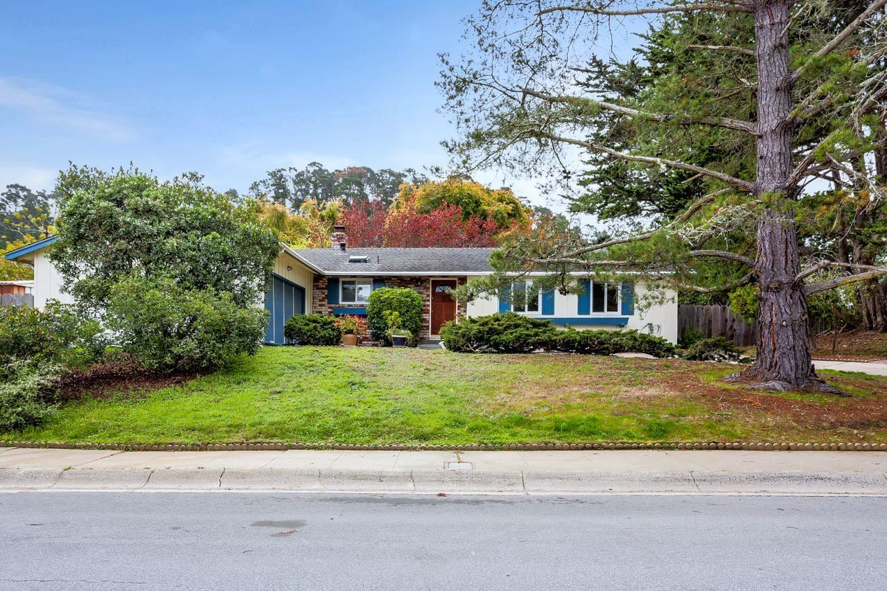 Photo for 2110 San Vito CIR, MONTEREY, CA 93940 (MLS # ML81834651)