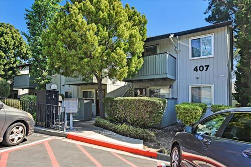 Photo of 407 Piccadilly Place #8, SAN BRUNO, CA 94066 (MLS # ML81860652)