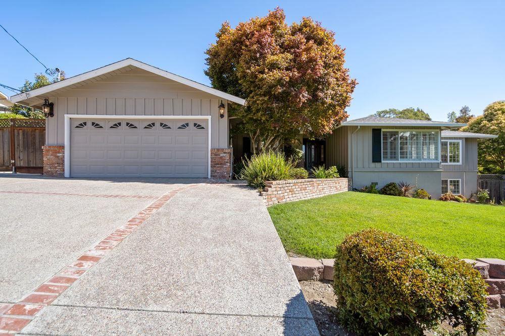 Photo for 90 W Avondale RD, HILLSBOROUGH, CA 94010 (MLS # ML81805652)