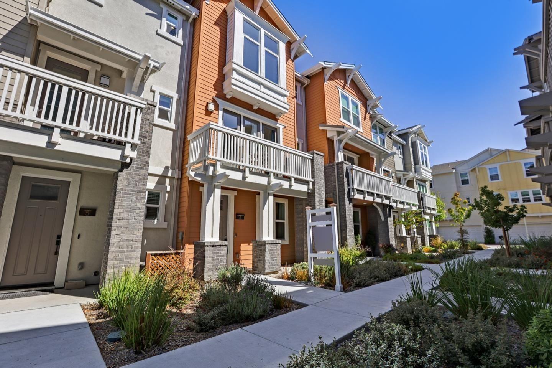 Photo for 539 San Lorenzo Terrace #4, SUNNYVALE, CA 94085 (MLS # ML81862653)