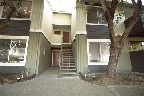 Photo of 2503 Easton PL 43 #43, SAN JOSE, CA 95133 (MLS # ML81809655)