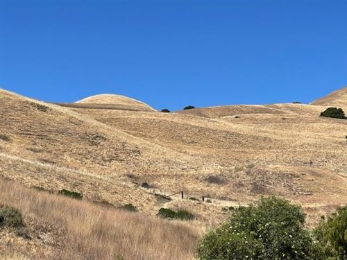 Photo of 0 Claitor Way, SAN JOSE, CA 95132 (MLS # ML81848656)