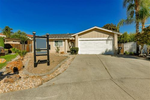 Photo of 2102 Flintside CT, SAN JOSE, CA 95148 (MLS # ML81817657)