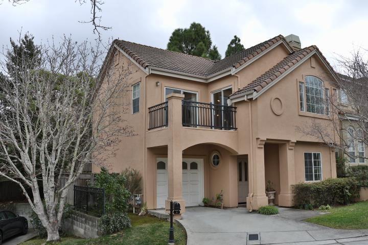 Photo for 1 Arroyo View CIR, BELMONT, CA 94002 (MLS # ML81827657)
