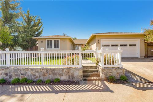 Photo of 2555 Eaton AVE, SAN CARLOS, CA 94070 (MLS # ML81829658)