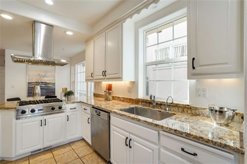 Photo of 10 Buena Vista RD, SOUTH SAN FRANCISCO, CA 94080 (MLS # ML81824660)