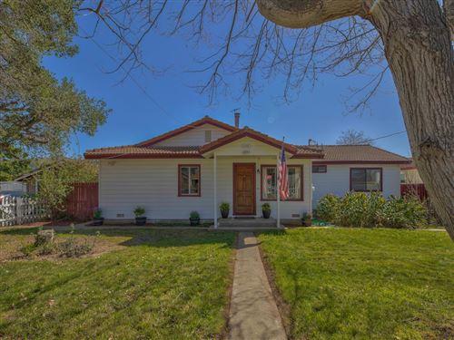 Photo of 718 Middlefield RD, SALINAS, CA 93906 (MLS # ML81831662)