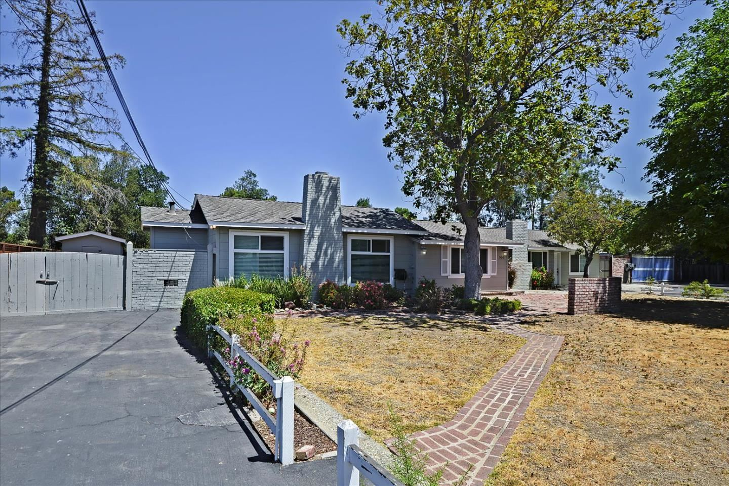 900 Old Orchard Road, Campbell, CA 95008 - MLS#: ML81855662