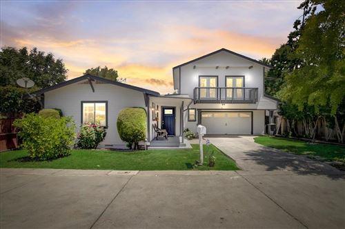 Photo of 5 Vera Court, REDWOOD CITY, CA 94061 (MLS # ML81855666)