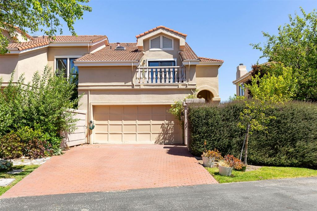 Photo for 8 Geranium LN, SAN CARLOS, CA 94070 (MLS # ML81759666)