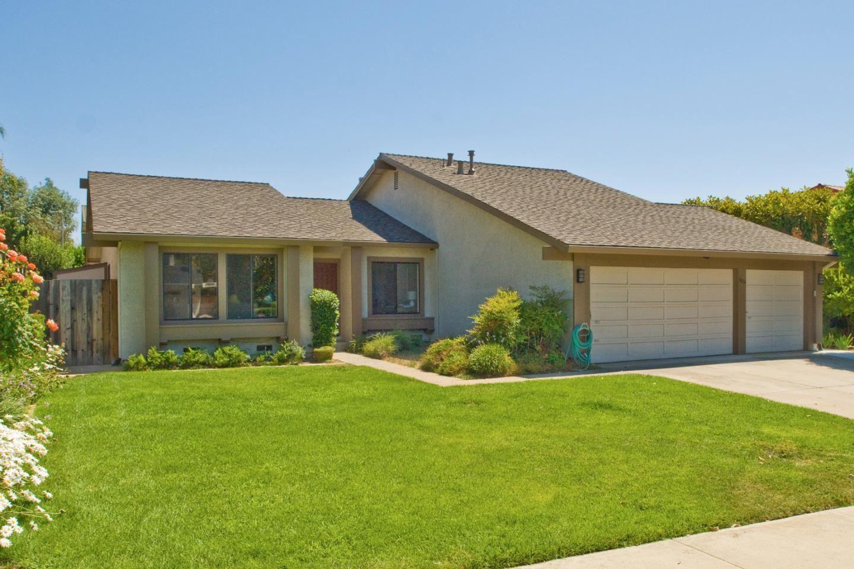 Photo for 3014 Creek Estates Court, SAN JOSE, CA 95135 (MLS # ML81854667)