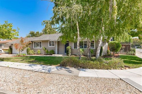 Photo of 1396 Cordelia AVE, SAN JOSE, CA 95129 (MLS # ML81812668)
