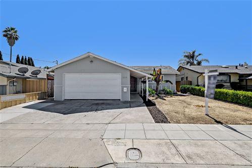 Photo of 864 Saint Bede Lane, HAYWARD, CA 94544 (MLS # ML81863669)