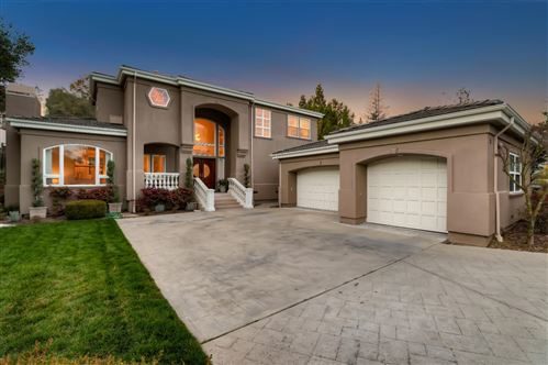 Photo of 8 Belle Roche AVE, REDWOOD CITY, CA 94062 (MLS # ML81783670)