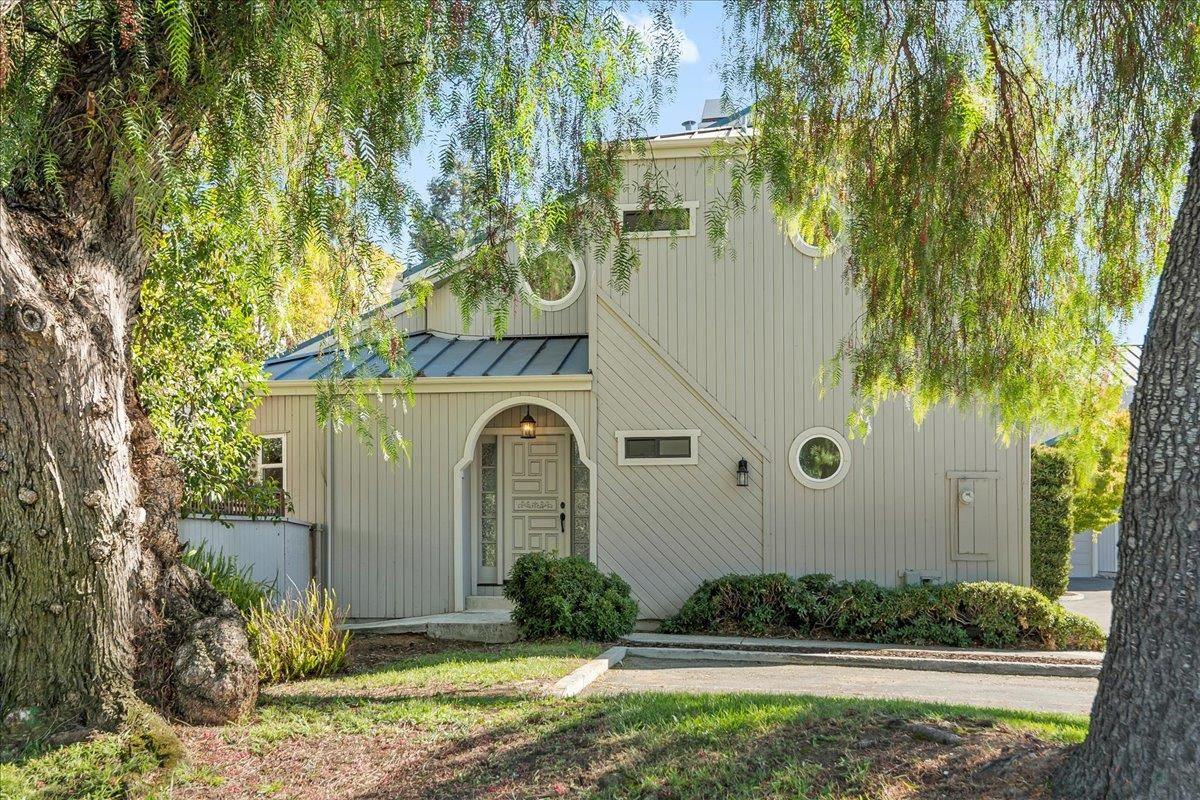 Photo for 450 West Sunnyoaks Avenue, CAMPBELL, CA 95008 (MLS # ML81864670)