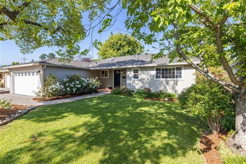 Photo of 1816 Appletree Lane, MOUNTAIN VIEW, CA 94040 (MLS # ML81843675)