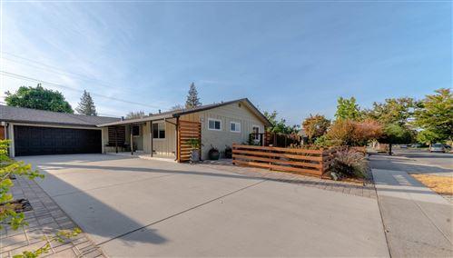 Photo of 1525 Crespi Drive, SAN JOSE, CA 95129 (MLS # ML81864675)