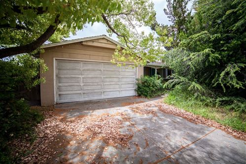 Photo of 1111 Steeplechase LN, CUPERTINO, CA 95014 (MLS # ML81797676)