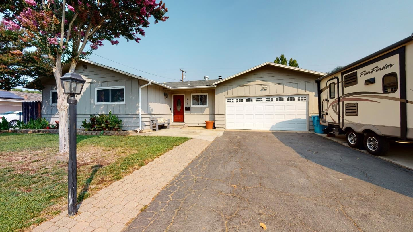 Photo for 621 W 10th ST, GILROY, CA 95020 (MLS # ML81808676)