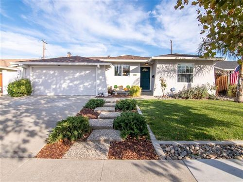 Photo of 5770 Orchard Park DR, SAN JOSE, CA 95123 (MLS # ML81819678)