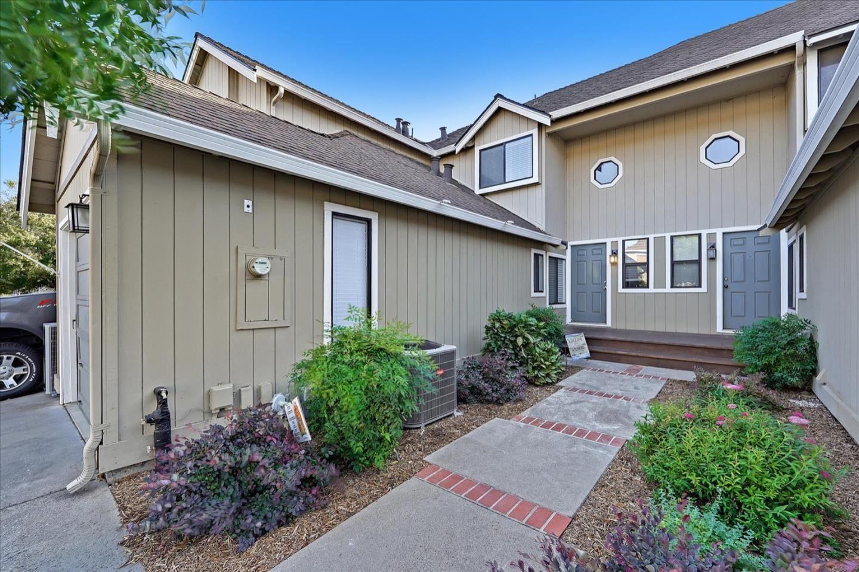 Photo for 17135 Creekside Circle, MORGAN HILL, CA 95037 (MLS # ML81866680)