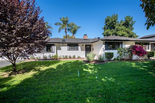 Photo of 1529 Edgewood WAY, SAN JOSE, CA 95125 (MLS # ML81815682)